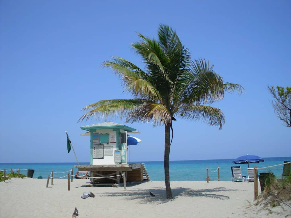 Hallandale Beach, Florida, Best beaches of Florida's East Coast, Fort Lauderdale beaches, Florida beaches, best beaches of Florida, best beaches of Fort Lauderdale, Fort Lauderdale Travel Guide