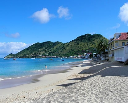 Grand Case Beach, St. Thomas, best beaches of St. Thomas, Leeward Islands, best beaches of the Leeward Islands, Lesser Antilles Vacations, Best beaches of the Lesser Antilles, best beaches in the Caribbean