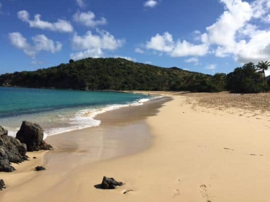 Happy Bay Beach, St. Martin, best beaches of St. Martin, Leeward Islands, best beaches of the Leeward Islands, Lesser Antilles Vacations, Best beaches of the Lesser Antilles, best beaches in the Caribbean