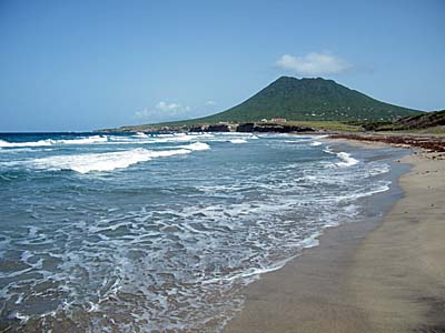 Lynch Beach, St. Eustatius, best beaches of St. Eustatius, Leeward Islands, best beaches of the Leeward Islands, Lesser Antilles Vacations, Best beaches of the Lesser Antilles, best beaches in the Caribbean