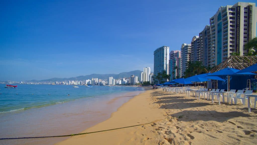 Icacos Beach, Acapulco, Mexican Riviera, Acapulco beaches, Mexican Riviera Beaches, best beaches of the Mexican Riviera