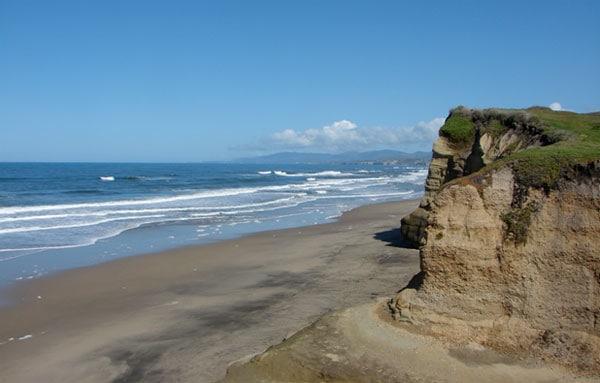 pomponio-state-beach-in-san-gregorio