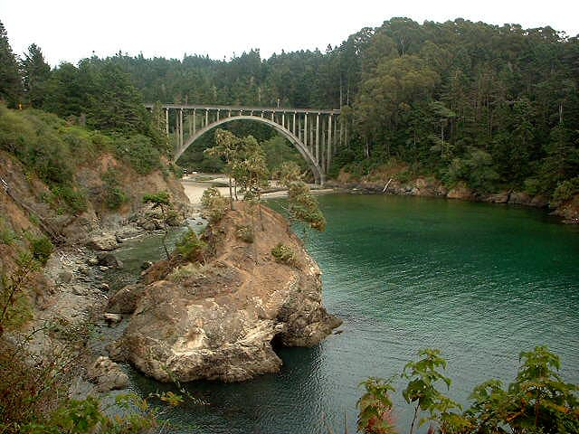 russian-gulch-state-park-in-mendocino