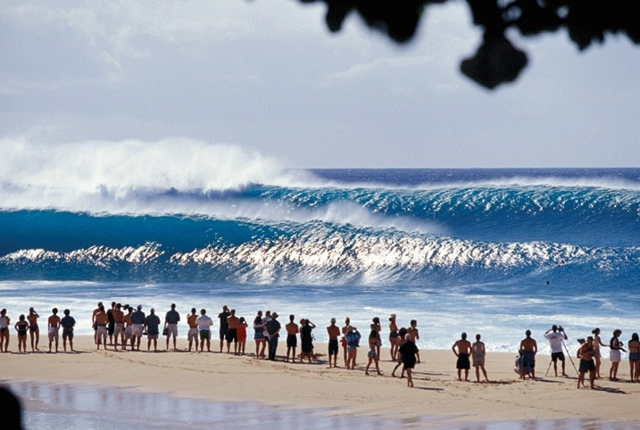 Best surfing in Hawaii, best beaches in Hawaii, Beach Travel Destinations, beach travel, Banzai Pipeline