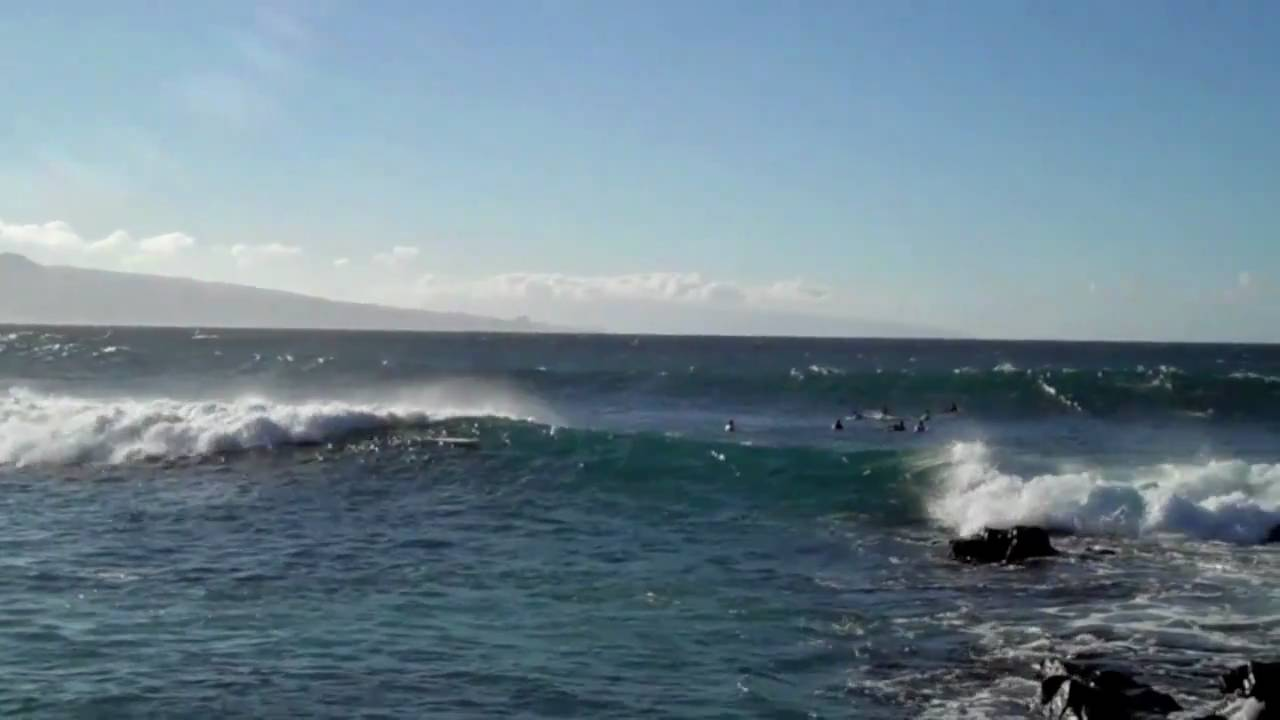 Best surfing in Hawaii, best beaches in Hawaii, Beach Travel Destinations, beach travel, Ho'okipa Beach
