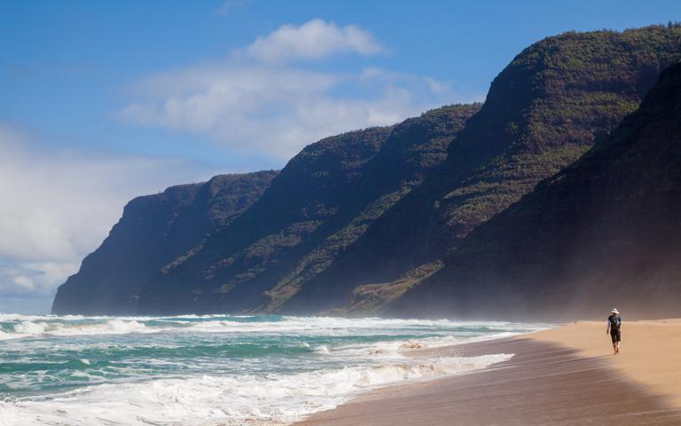 Polihale Beach, Kauai, Hawaii, Kauai beaches, Hawaii beaches, best beaches of Hawaii, top beaches in Hawaii, beach travel, beach travel destinations