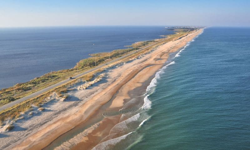 Waves, best North Carolina Beaches, North Carolina beaches, top beaches in North Carolina, the Outer Banks
