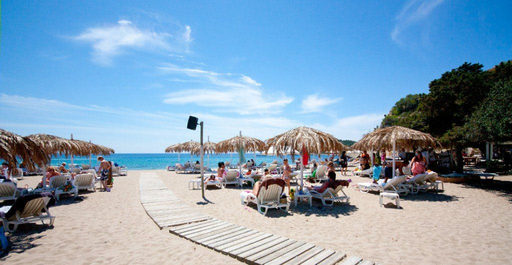 Calla Jondal, Ibiza, Ibiza beaches, Balearic Island beaches, best beaches of the Balearic Islands.