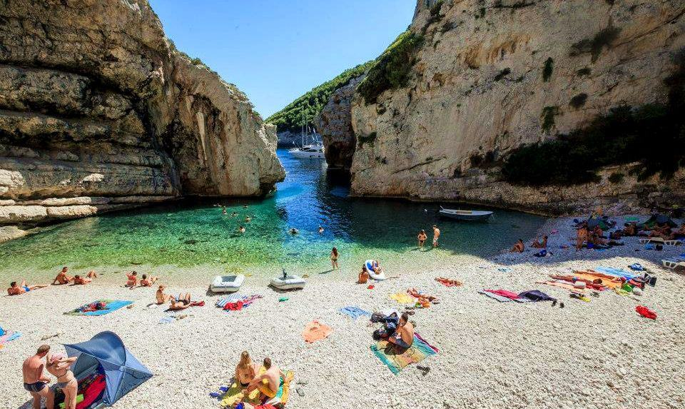 Stiniva Beach, Vis Island, Croatia, Croatia beaches, best beaches of Europe, beaches of Europe, Croatia Beach holidays, beach travel destinations,