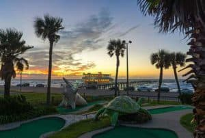Seawall Urban Park, Galveston Texas, Galveston Texas Travel Guide, Galveston beaches, Texas Beaches