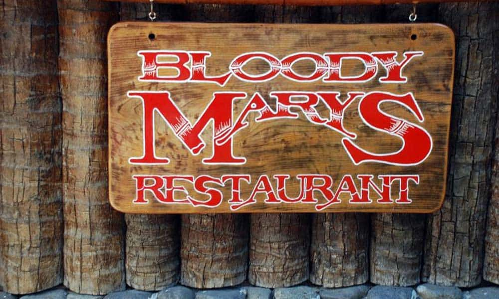 Bloody Mary's Restaurant & Bar Society Islands French Polynesia, Bora Bora restaurants, Society Islands restaurants, Society Islands beaches, French Polynesia Islands, Society Islands travel guide