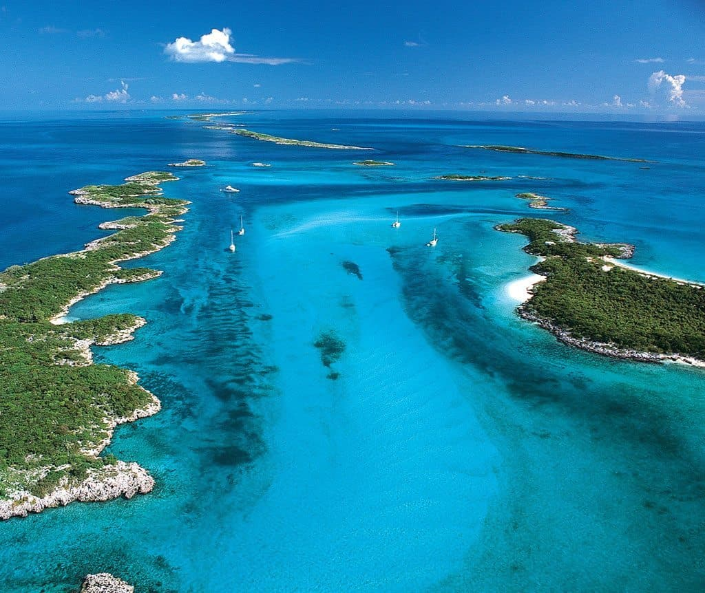 Bahama Bahama Islands Roberts Cay Is There Gambling In