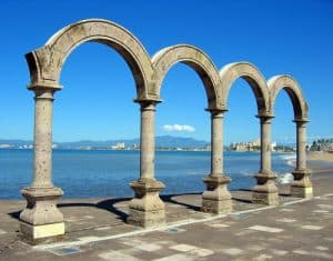 Los Arcos, El Malecon, Puerto Vallarta, Mexican Riviera, things to do in Puerto Vallarta, Puerto Vallarta beaches, best beaches in Mexico, best beaches in the Mexican Riviera.