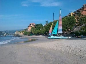 Playa La Ropa, Ixtapa, best things to do in Ixtapa, Mexican Riviera, Ixtapa beaches, best beaches of Mexico, Best hotels in Ixtapa, best Ixtapa restaurants, Ixtapa tours