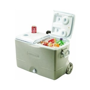 Rubbermaid DuraChill Wheeled, Best Beach Cooler, beach coolers