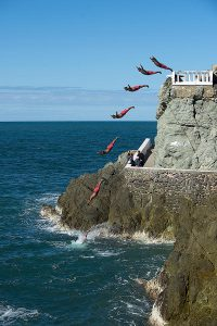 The Cliff Divers, Mazatlan, Mexican Riviera, things to do in Mazatlan, Mazatlan Beaches, Mexican Riviera beaches, best beaches of Mexico.
