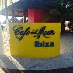 Café del Mar, Isla Mujeres, Yucatan Peninsula, Isla Mujeres beaches, Isla Mujeres restaurants, Isla Mujeros night life, Isla Mujeros things to do, Mexico beaches, best beaches in Mexico