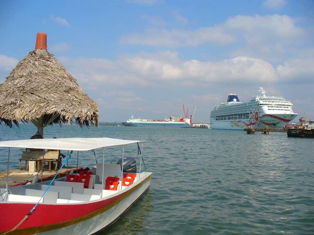 Santo Tomas de Castilla Cruise Port, Western Caribbean Cruise Itinerary, Western Caribbean Cruise Ports, Western Caribbean Cruise shore excursions, best cruise deals, cruise deals