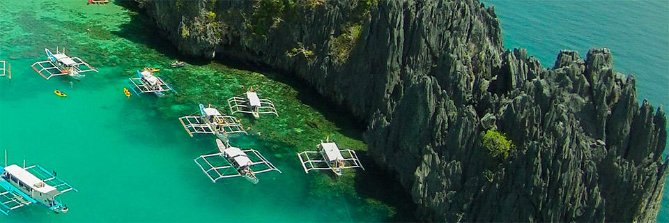 El Nido Islands Tours A, B, C, D, best bars in El Nido, Best restaurants in El Nido, El Nido beaches, Most beautiful beaches in the world, Nacpan Beach El Nido Philippines, things to do in El Nido, Top Beaches in the world