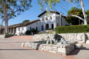 Mission San Luis Obispo de Tolosa, Cambria CA, Cambria CA travel guide, best hotels in Cambria, best restaurants in Cambria, best bars in Cambria, best things to do in Cambria, Cambria attractions, Central California beaches, California beaches