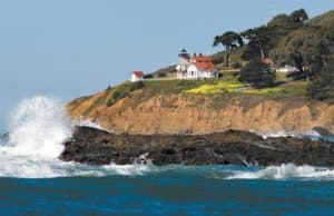 Point San Luis Lighthouse, Cayucos Beach CA, best restaurants in Cayucos, best bars in Cayucos, best hotels in Cayucos, things to do in Cayucos, Cayucos beaches, California beaches, Central California Beaches