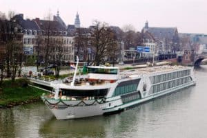 Tauck River Cruises, all about cruises, best cruise deals, Best Danube River Cruise Ports, best Danube River Cruises, best priced cruises, Christmas Market Cruise, cruise deals, Danube River Cruises, When to cruise the Danube River