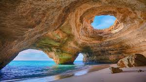 Carvoeiro Caves, Carvoeiro Algarve Portugal, Portugal's best beaches, top beaches in the world, Things to do in Carvoeiro, best restaurants in Carvoeiro, best bars in Carvoeiro, Carvoeiro attractions, Carvoeiro beaches, top beaches in the world