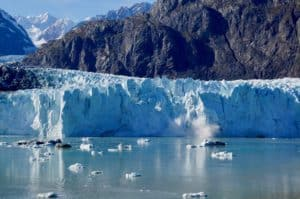 Glacier Bay National Park, Yakutat Alaska, Yakutat beaches, surfing in Yakutat, best hotels in Yakutat, things to do in Yakutat, Yakutat Alaska Travel Guide