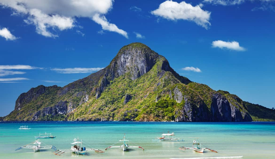 Palawan The Philippines, Top 10 snorkeling spots, best snorkeling in the world, best snorkeling locations, beach travel, beach travel destinations, best snorkeling, snorkeling gear guide