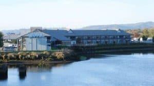 Edgewater Inn, Coos Bay Oregon, Oregon beaches, Best west coast beaches, best beach towns, things to do in Coos Bay, Coos Bay Attractions, best Coos Bay hotels, best Coos Bay restaurants, best Coos Bay nightlife, beach travel, beach travel destinations