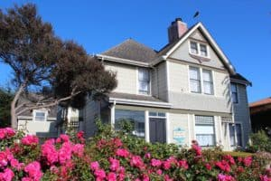 Nantucket Whale Inn, Half Moon Bay California, Half Moon Bay CA, beach travel, beach travel destinations, Half Moon Bay beaches, things to do in Half Moon Bay, Half Moon Bay attractions, Half Moon Bay restaurants, nightlife in Half Moon Bay, best hotels in Half Moon Bay
