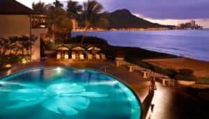 Halekulani Hotel, Oahu Hawaii, Oahu Travel Guide, Oahu beaches, Hawaii beaches, things to do in Oahu, Oahu Attractions, best restaurants in Oahu, best nightlife in Oahu, best Oahu hotels, beach travel, beach travel destinations