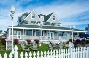 Ocean Rose Inn, Narragansett Rhode Island, visit Narragansett RI, Narragansett beaches, East Coast beaches, surfing beaches, beach travel, beach travel destinations, things to do in Narragansett, Narragansett attractions, best restaurants in Narragansett, best nightlife in Narragansett, best hotels in Narragansett