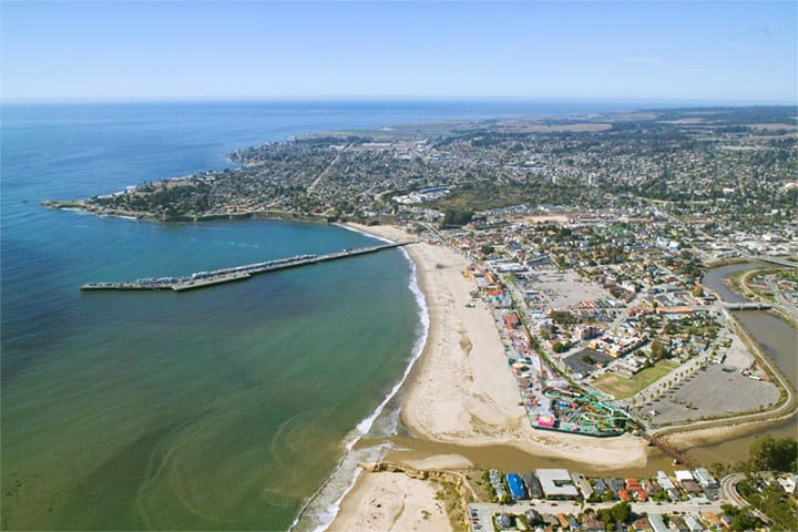 Santa Cruz California, Best Surfing Towns, best surf towns, best surf towns in the USA, best surfing in the USA, surfing towns, beach travel, beach travel destinations