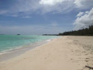 This image has an empty alt attribute; its file name is Coco-Plum-Beach-300x225.jpg