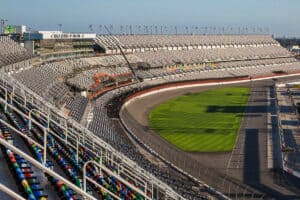This image has an empty alt attribute; its file name is Daytona-International-Speedway-300x200.jpg