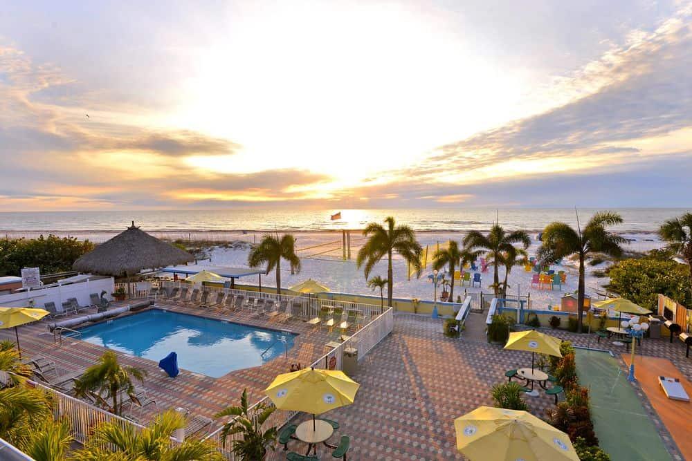 Plaza Beach Hotel, St Pete Florida, Affordable Beach Resorts, Affordable Luxury Beach Resorts, Best Affordable Beach Resorts, budget beach resorts, best budget beach resorts