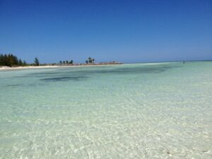 This image has an empty alt attribute; its file name is Fortune-Beach-300x225.jpg