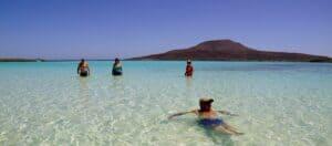This image has an empty alt attribute; its file name is Islas-Coronado-300x132.jpg