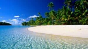 This image has an empty alt attribute; its file name is Matira-Beach-Bora-Bora-300x169.jpg