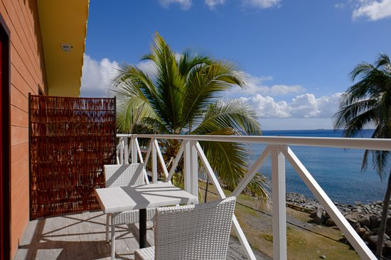 This image has an empty alt attribute; its file name is Orange-Bay-Hotel.jpg