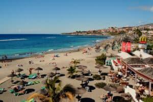 This image has an empty alt attribute; its file name is Playa-de-las-Americas-300x200.jpg