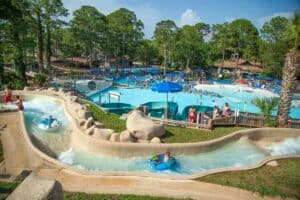 This image has an empty alt attribute; its file name is Shipwreck-Island-Waterpark-300x200.jpg
