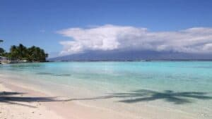 This image has an empty alt attribute; its file name is Temae-Beach-Moorea-300x169.jpg