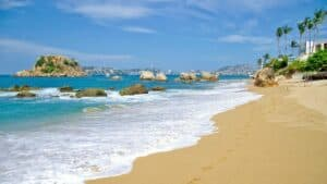 Icacos, Acapulco Travel Guide, Acapulco beaches, Acapulco, Mexican Riviera Beaches, best beaches of Mexico, best Acapulco Hotels, Acapulco Tours & Activities, best Acapulco restaurants, best Acapulco bars, things to do in Acapulco, best Acapulco beaches, best Acapulco hotels, Acapulco tours & activities, things to do in Acapulco, best Acapulco restaurants, best Acapulco bars, best Acapulco beaches