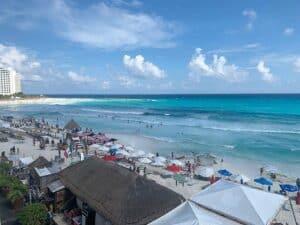 Playa Forum,  Cancun Travel Guide, Mexico beaches, Cancun beaches, Yucatan Peninsula beaches, best beaches of Cancun, Cancun Tours & Activies, best Cancun restaurants, best Cancun bars, best Cancun hotels, best Cancun beaches