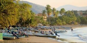 Playa Municipal, Zihuatanejo Vacations, Zihuatanejo beaches, Mexican Riviera, Mexican Riviera Beaches, best beaches in Mexico. Zihuatanejo tours & activities, best Zihuatanejo hotels, best Zihuatanejo restaurants, best Zihuatanejo bars, things to do in Zihuatanejo
