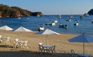 Santa Cruz Bay, Huatulco Vacations, Huatulco beaches, best beaches of Mexico, Mexican Riviera, best beaches of the Mexican Riviera, things to do in Huatulco, best hotels in Huatulco, best restaurants in Huatulco, best bars in Huatulco, Huatulco beaches