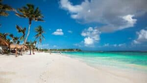 Akumal Beach, Tulum, Mexico, Tulum beaches, best beaches of Mexico, Tulum Vacations, Tulum Travel Guide, Riviera Maya, Riviera Maya beaches, best Tulum Hotels, best Tulum Restaurants, things to do in Tulum Tulum Tours, Tulum attractions