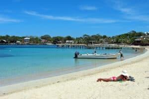 Half Moon Bay, Roatan Honduras Travel Guide, Roatan beaches, best hotels in Roatan, best restaurants in Roatan, things to do in Roatan, Top 20 Beaches in the world, best beaches in the world, Honduras beaches